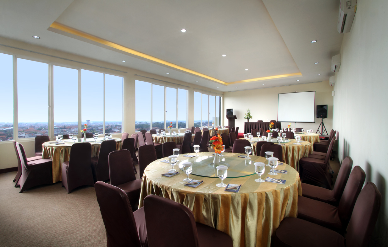 Meeting Room - Arafah